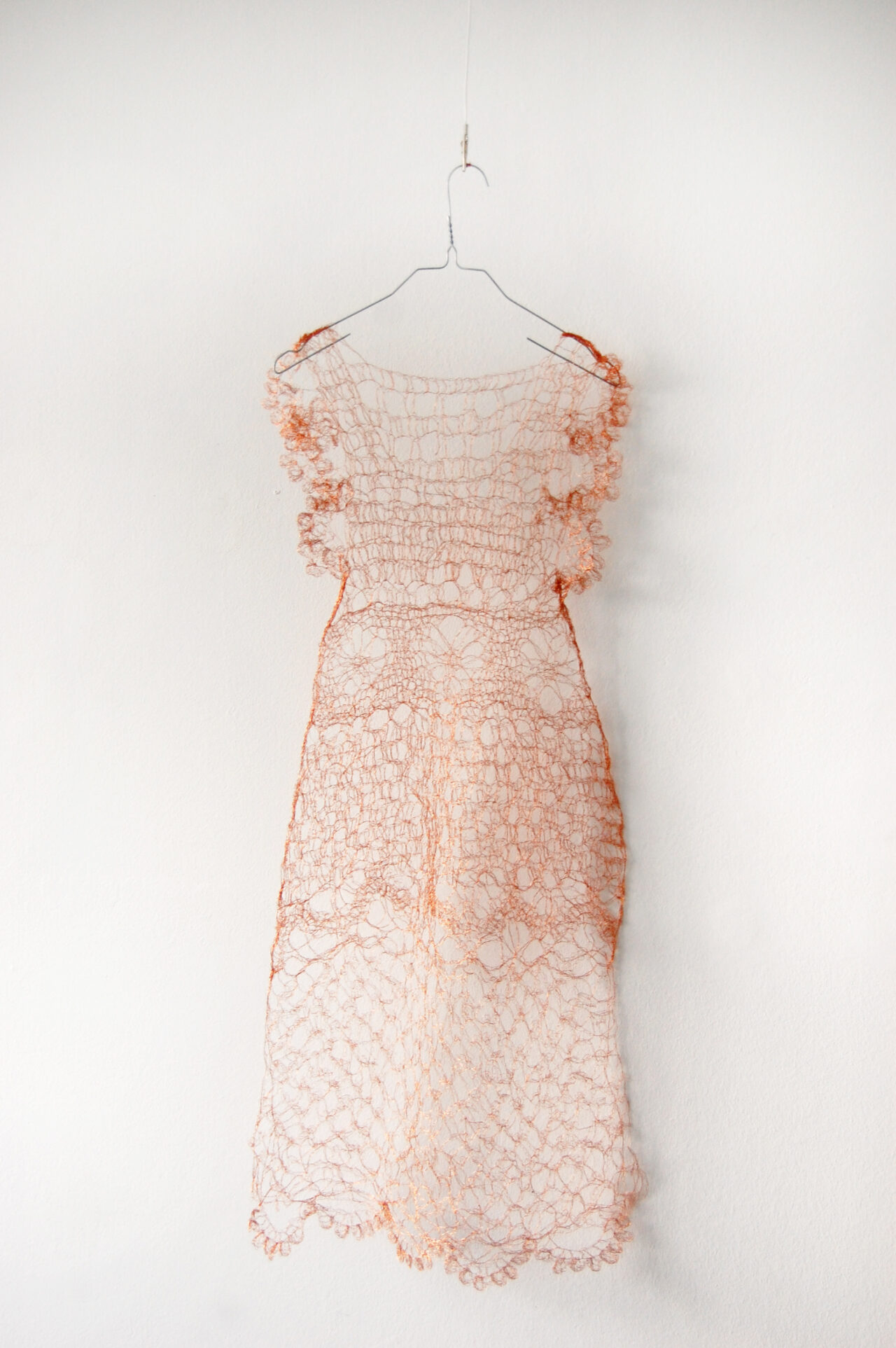 Ulrike Möschel –  Kupfernes Kleid